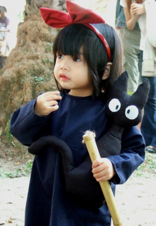 Adorable Kiki's Delivery Service Cosplay