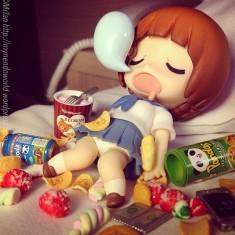 Alone at the motel… Bad idea !!