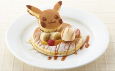 Pikachu pancakes at Denny's in Japan!