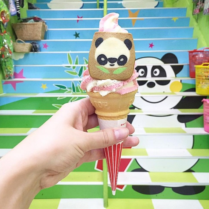 Too kawaii for an icecream! Panda-themed soft serve from Chinatown. 🐼🍦Photo by J ...