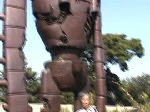 Video: Laputa robot at Ghibli museum
