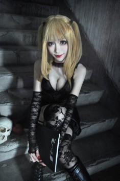 cosplay: Mon (Mon❥小夢夢) as Misa Amane of DEATH NOTE
