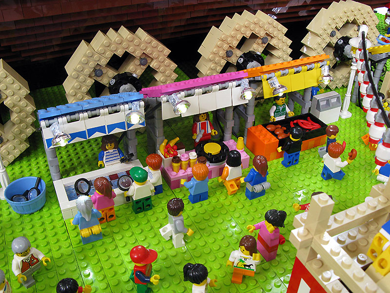 Pictures: Japanese Life Recreated With Lego | Tokyo Desu