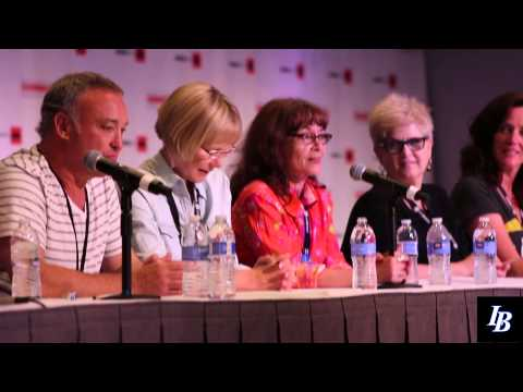 Sailor Moon: The Original English Dub Cast at Anime Expo 2014 – YouTube video
