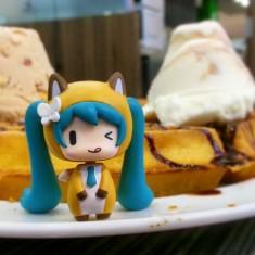 "Miku X gelato ^﹏<"""