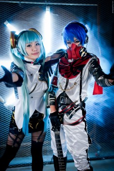 cosplay: Vocaloid Project diva F – Kaito by miyoaldy on DeviantArt