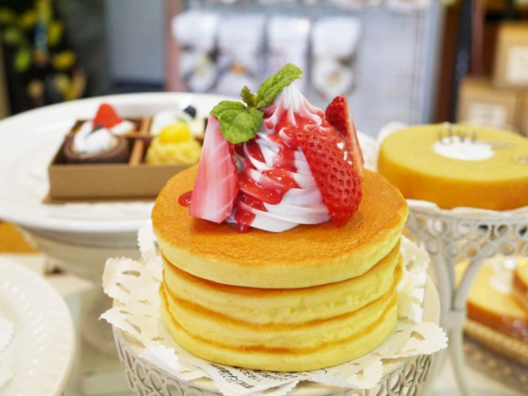 You can touch but you can't eat: We made food replicas from wax in Asakusa, and you cantoo! | R ...