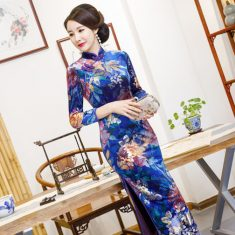 Golden Velvet Fashion Flower Long Cheongsam Skirt – qipaocheongsam.com